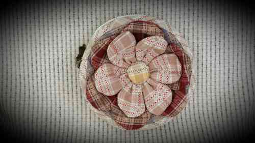 Download pattern - Flower needle bag